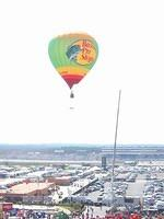 The Bass Pro Shops balloon is released, and the race is almost ready to start!